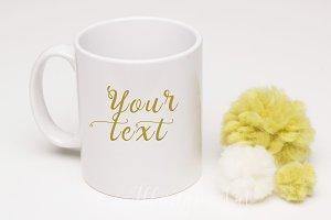 Mug mockup with pompom