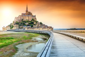 Mont Saint Michel island and bridge