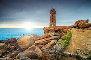 Atlantic ocean coast with lighthouse