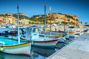 Spectacular harbor in Cassis,France
