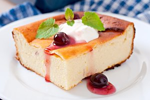 Appetizing cottage cheese casserole