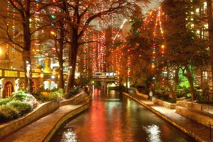 Christmas lights at river-walk