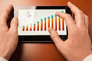 Analyzing chart with tablet-pc