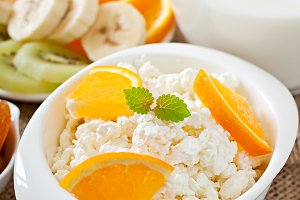 Cottage cheese with orange