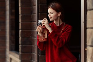 redheaded girl photographer