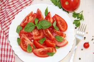 Salad with fresh tomatos