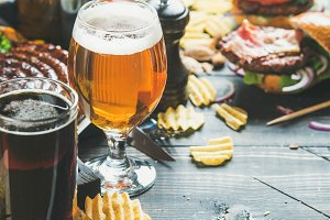 Beer and snack set