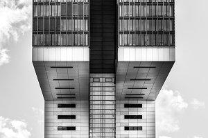 B/W modern building