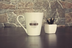 Coffee Cup Mock-up 5