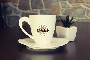 Coffee Cup Mock-up 2