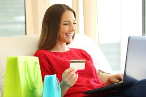 woman shopping on line
