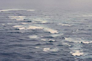 Waves over the Ocean, Vintage Colors