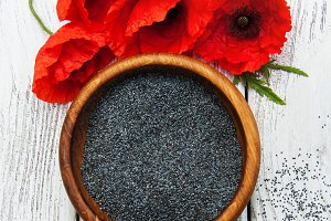 Bowl with poppy seeds