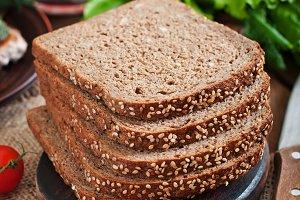 Rye bread with bran