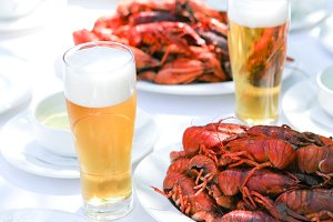 Crawfish with fresh cold beer