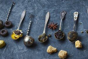 set of dry tea leaves