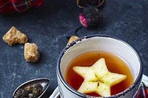 Tea with apple