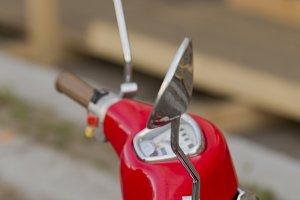 Wheel moped