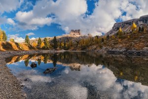 Autumn on lake Limides TIF