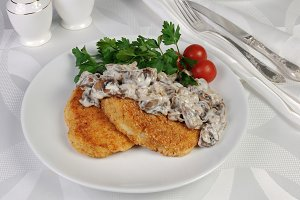Potato patties with mushrooms (zrazy