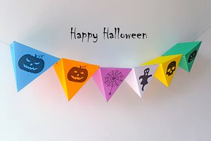 DIY Halloween Bunting -3d papercraft