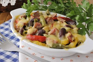 Beans  baked with cheese