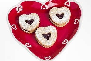 Heart shaped plate with cookies