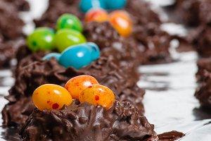 Chocolate bird nest candy