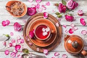 Rose buds tea in a cup