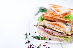 toast sandwich with sausage