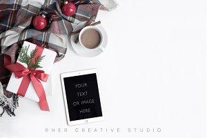 Ipad Holiday Mockup Plaid