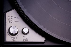 Analog turntable record player