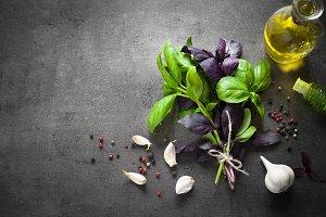 Basil leaves, garlic, pepper and oil