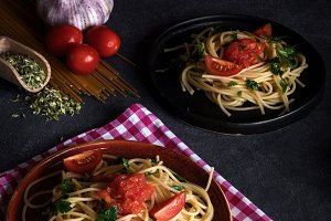 Spaguetti with tomato cheese