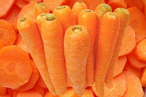 Carrots sliced and full