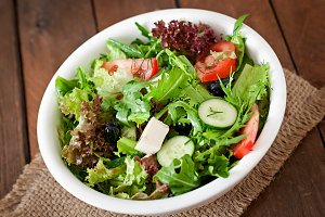 Salad of herbs, vegetables