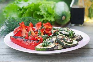 Dish of grilled vegetables