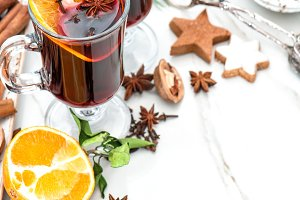 Mulled wine ingredients decoration