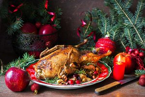 Roasted duck with apples