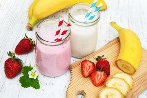 Yogurt with fresh fruits