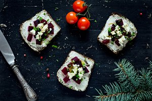Roasted beet and goat cheese toasts