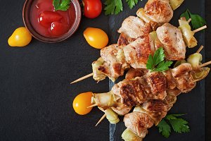 Chicken shish kebab with zucchini