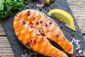 salmon steak grilled