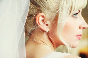 A gorgeous profile of a blonde bride