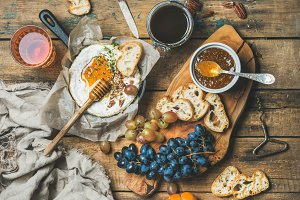 Camembert cheese, fruit, nut & wine