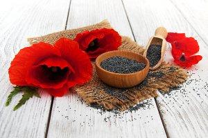 Poppy seeds and poppy flowers