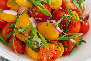Salad of fresh cherry tomatoes