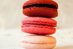 Red Ombre Macarons