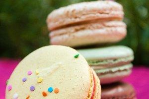 Birthday Cake Sprinkle Macaron