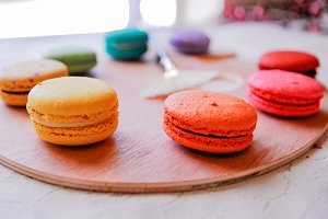 Art Palette Macarons - Side View